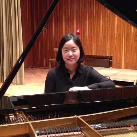Eun-Young Kim